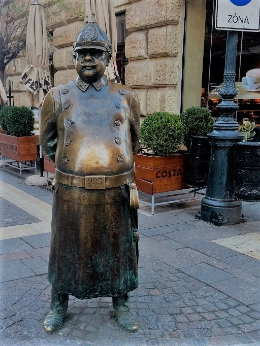 Rubbing statues for luck atEurope