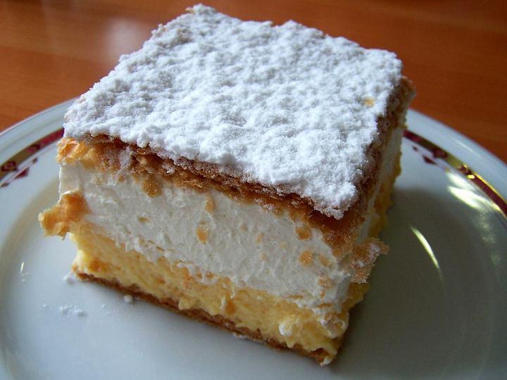 Bled Cream Cake: A Slice ofheaven